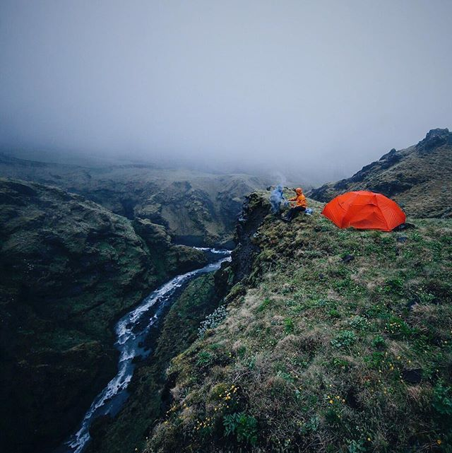 Classic Icelandic weather and a perfect campsite to go with it. Photo by: @schneideroutdoorvisions #ourcamplife #larsschneidertakeover