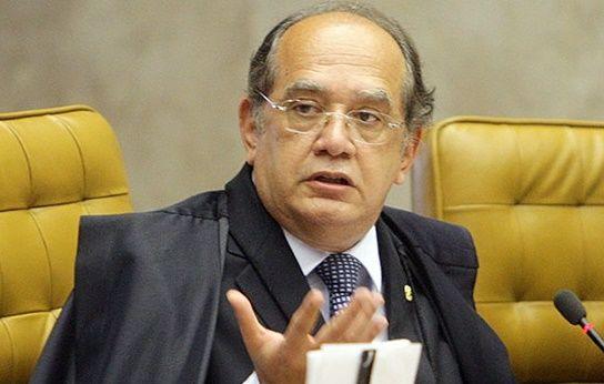 Os ministros do Supremo Tribunal Federal já adiantaram que no dia 12 de maio de 2016 quem tomará posse como presidente do Brasil será o senador Gilmar Mendes. O vice-presidente Michel Temer está im…