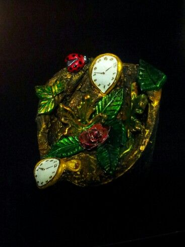 Salvador Dali inspired sculpture