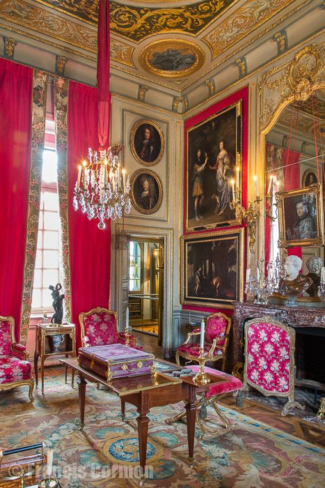 17 best images about the french chateau on pinterest for French chateau interior design ideas