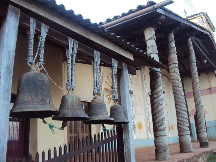 Campanas de la Iglesia de Santiago de Chiquitos, Santa Cruz