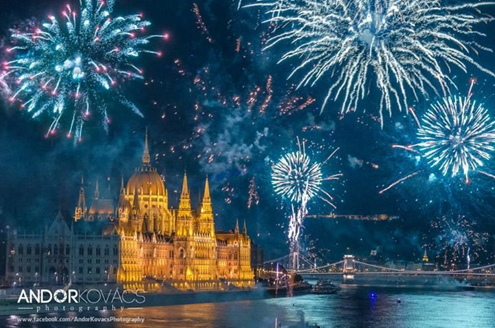 photo: Andor Kovács Photography - Kapcsolat/Contact: andorkovacsphotography@gmail.com - Fireworks Show on August 20. and the Hungarian Parliament Building - Budapest , Hungary