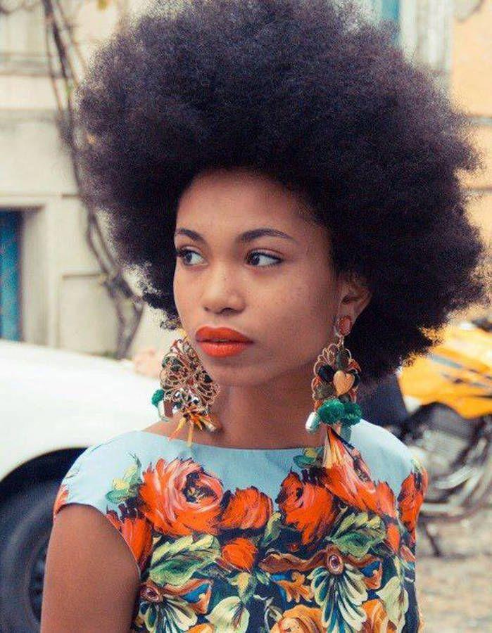 Coiffure Afro Mariage Hiver 2015 - Coiffures Afro  Les Filles Stylu00e9es Donnent Le Ton - Elle ...