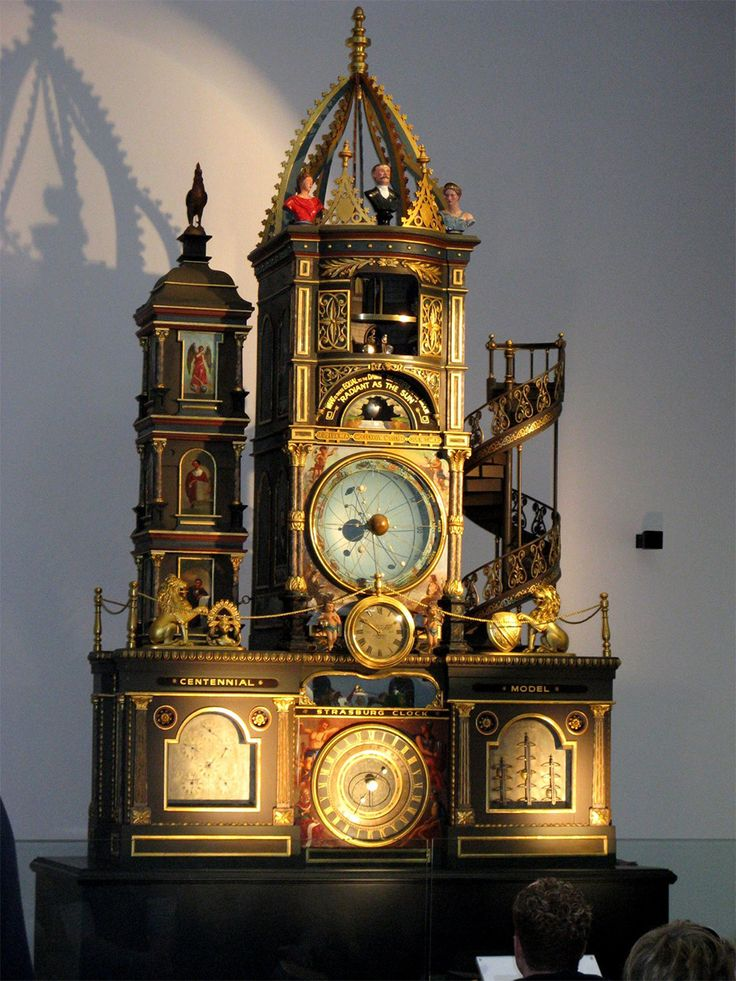 Clock at Powerhouse museum, replica of the astronomical clock in the cathedral of Strasbourg, France  Maquette de l'horloge astronomique de Strasbourg au Powerhouse museum de Sydney, Australie Author: Museumsfotografierer  © Wikipedia, 2008, Powerhouse Museum in Sydney