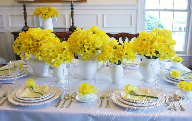 Bold Daffodil Profusion with Stark White table setting for a simple stunning effect