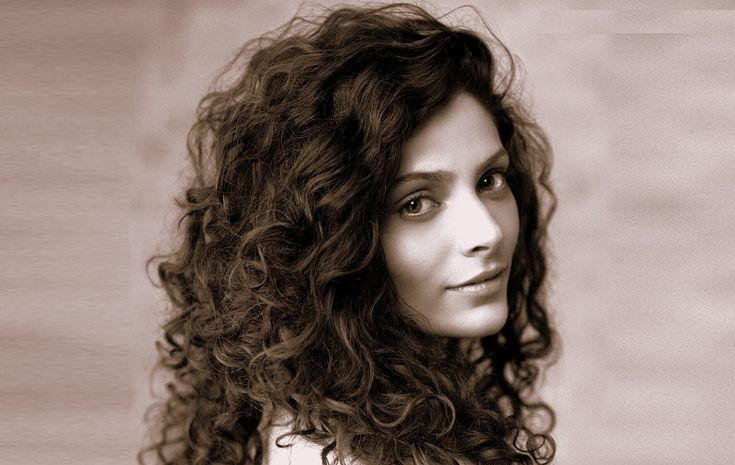 Here in this article you will known some interesting facts about Saiyami Kher Height, Weight, Age, Affairs, upcoming Movie, biography and net worth.