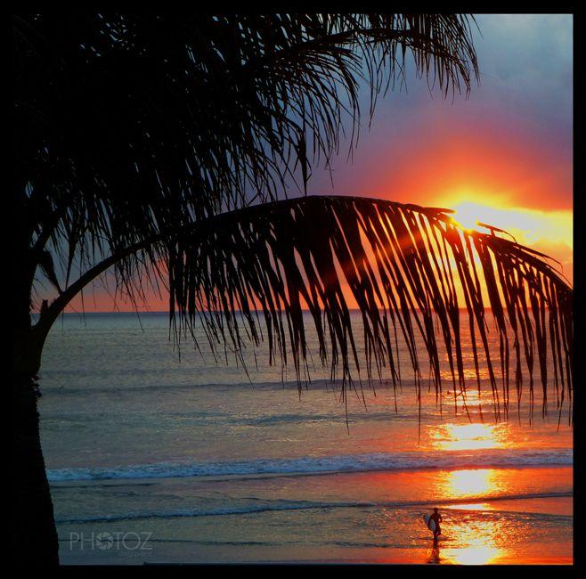 Bali Sunset Image: Jamie Hart www.facebook.com/photozfromdesignzbyjamz