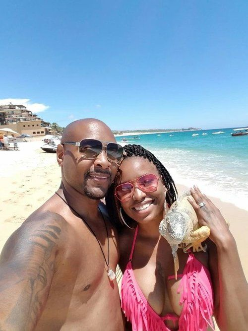 Joanae of Naetorious gives us a few of the many reasons why couples need to  take a trip with just the two of them.