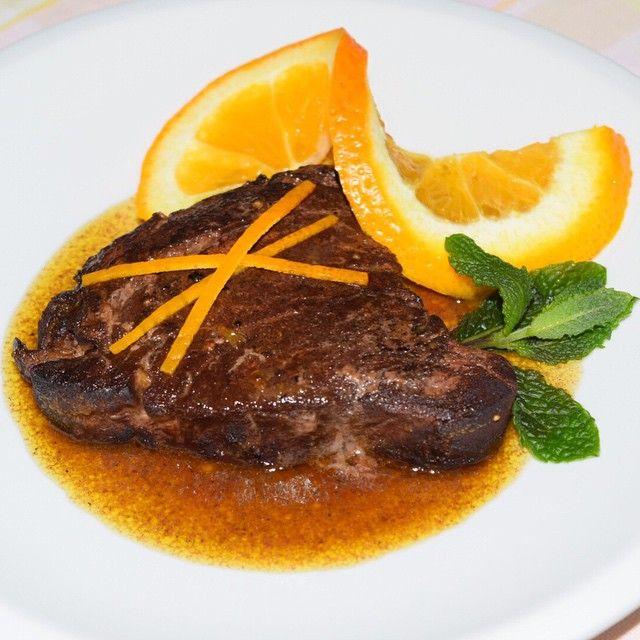 Filetto di manzo al caco amaro e arancia