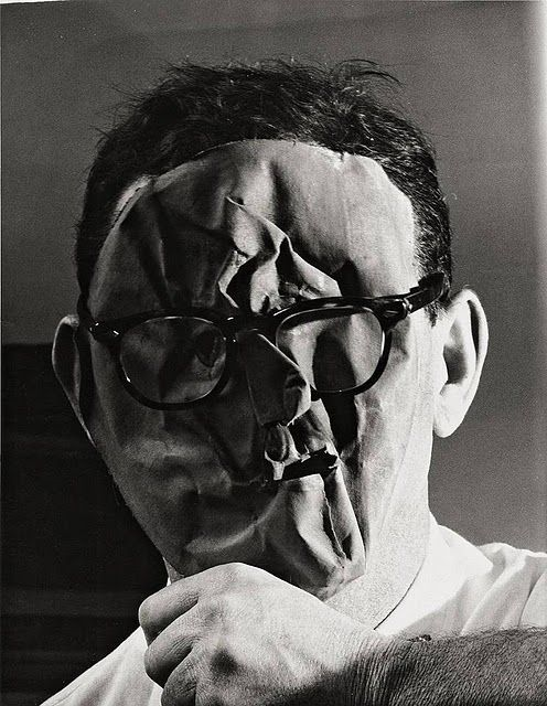 Self Sortrait, Erwin Blumenfeld (1897-1969), one of the most influential photographers of the twentieth century.