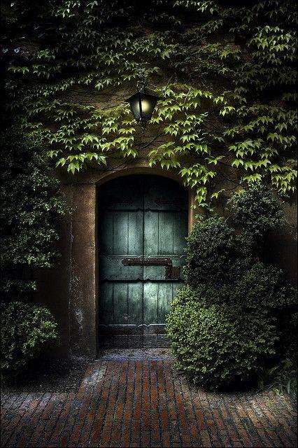 Ancient Entry, Sigurta Park, Verona, Italy photo via ofsmokyburgundy