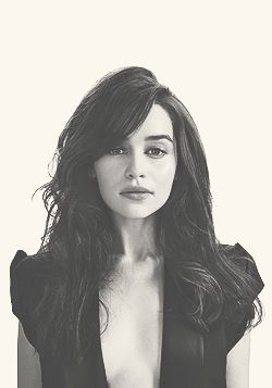 Emilia Clarke/Daenerys Targaryen - Game of Thrones