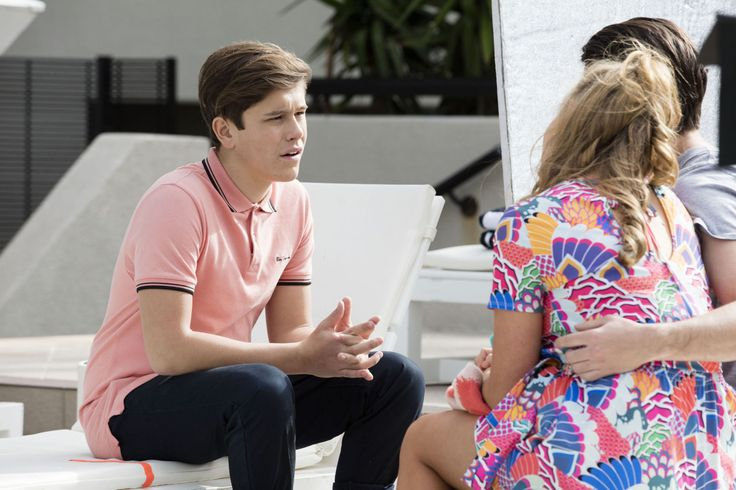 Neighbours spoilers: Angus Beaumont is back as he joins Ben and Xanthe in Queensland - DigitalSpy.com