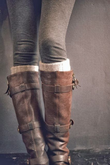 If I could pull off leggings I would do this! I still want these boots though!\