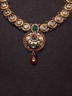 Golden Textured Overlapped Set in  traditional design