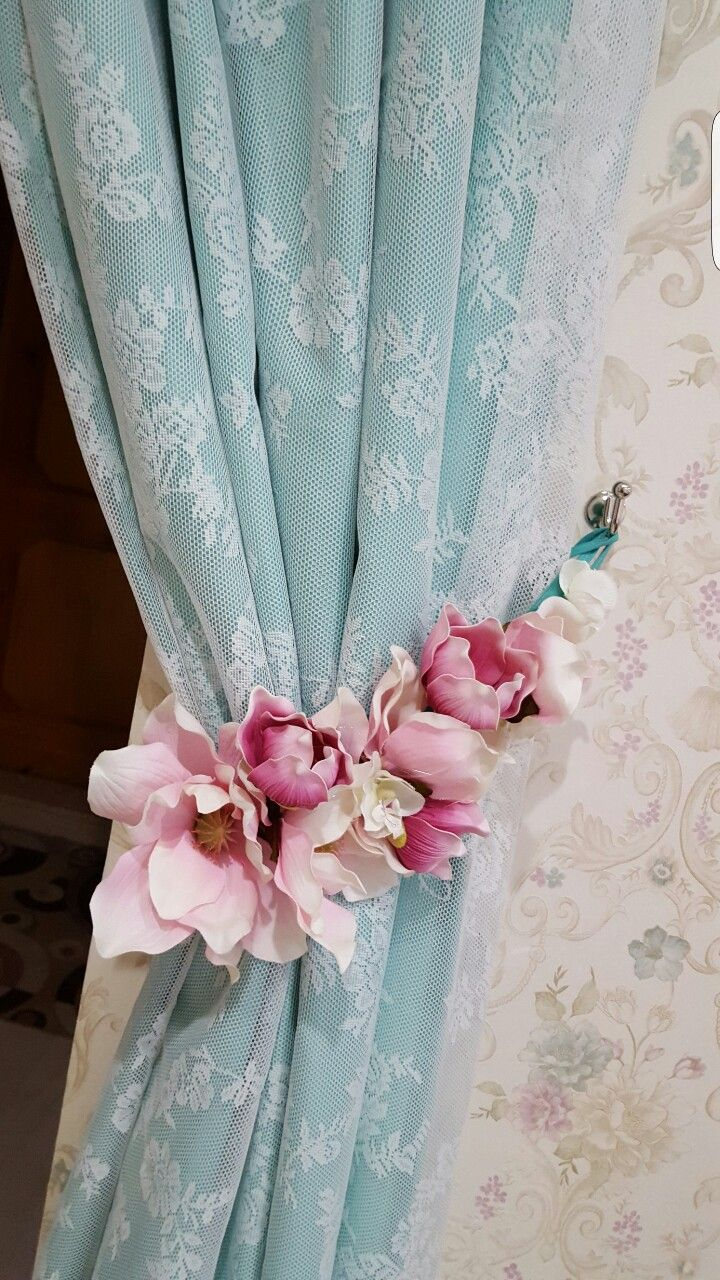 DIY curtains tie backs