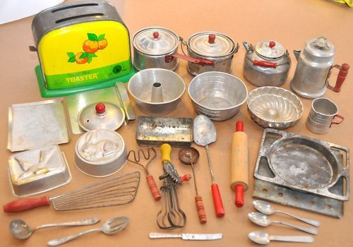 vintage refrigerator dish images | Vintage Antique Tin Toy Nassau Kitchen set Range Stove Refrigerator ...