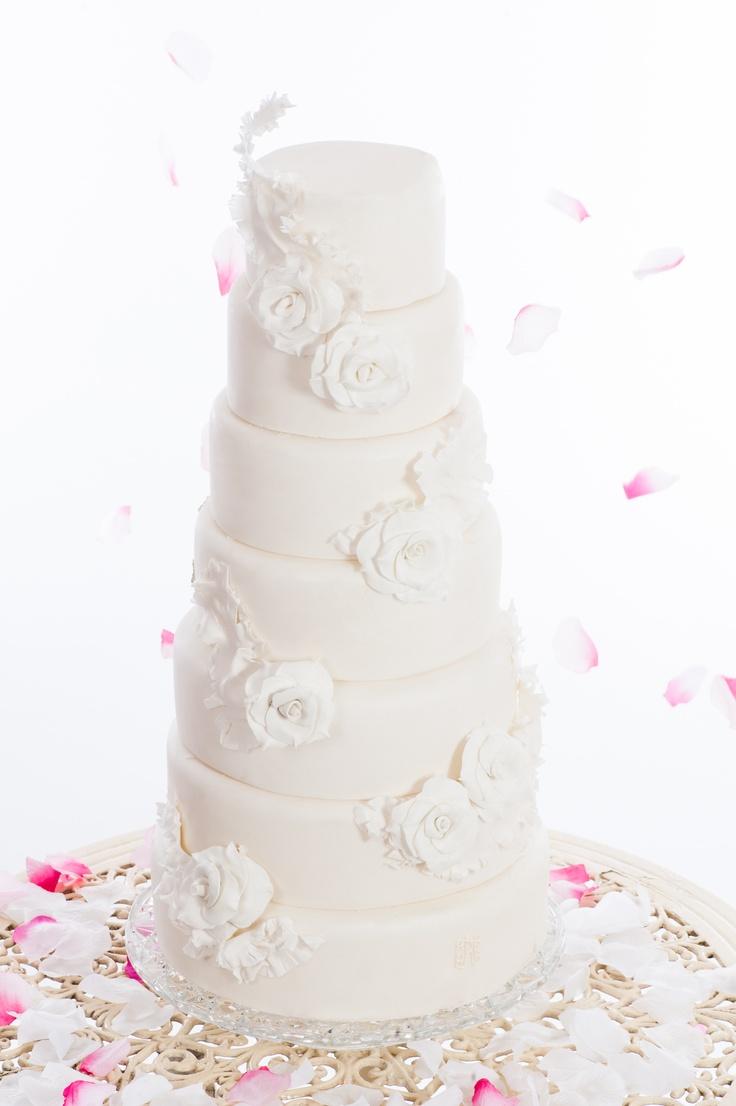 14 best The English Rose Cake Co images on Pinterest   Rose cake ...