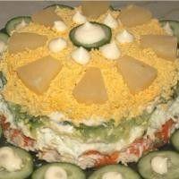 Салат с курицей, ананасом и огурцом «Нежное облако»