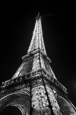 Google Image Result for http://ieiffeltower.com/wp-content/gallery/black-and-white-eiffel-tower/eiffel-tower-black-white-night.jpg