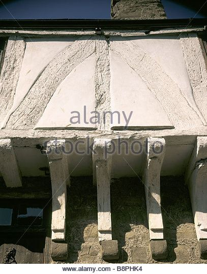 http://l7.alamy.com/zooms/dd5a33994edb4b6795e2527268b7ab7f/aberconwy-house-b8phk4.jpg