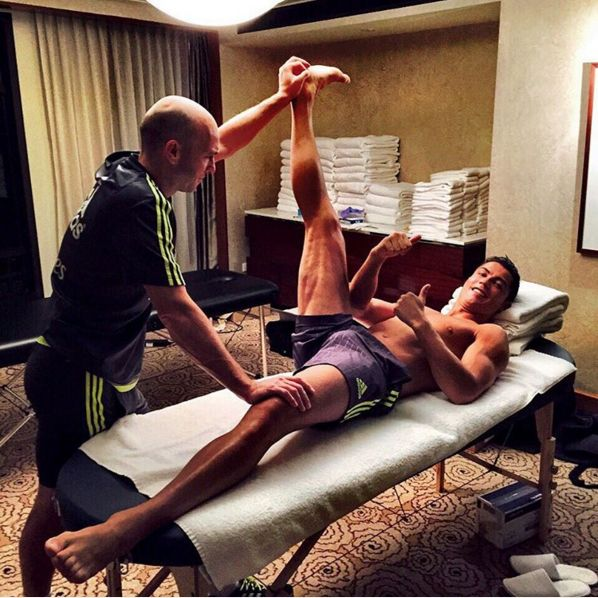 When he politely reminded us all to stretch before working out.   18 Times Cristiano Ronaldo Gave Us All Fitness Goals
