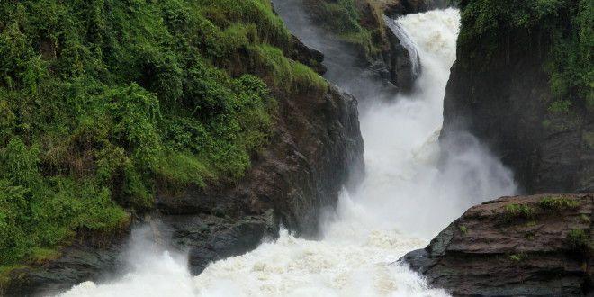 Vodní safari na Nilu v národním parku Murchision Falls