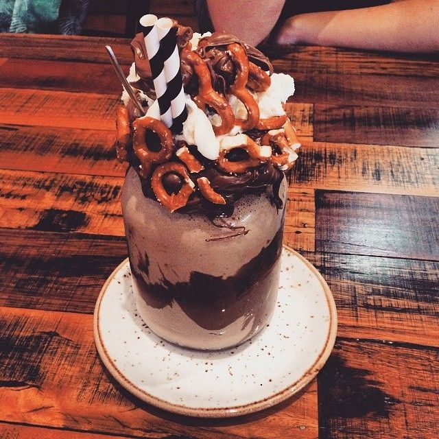 Craving dessert? You might not like us for sharing this epic Nutella pretzel shake from @patissez in Manuka but it was simply too good to resist! Thanks to @coffeesofcanberra for tagging #visitcanberra