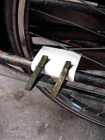 un moyen de faire du vélo en faisant du bruit ^^