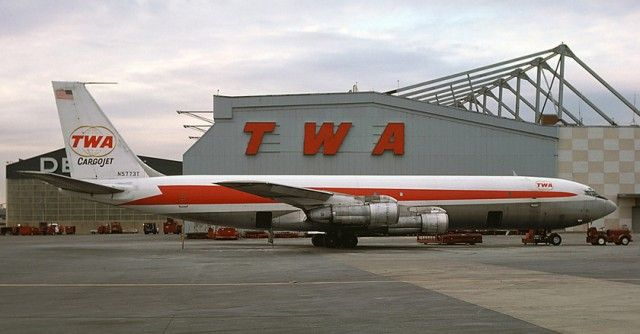 Flying Andy Granatelli's Indy 500 Race Cars on a TWA Boeing 707 - Trans World Airlines