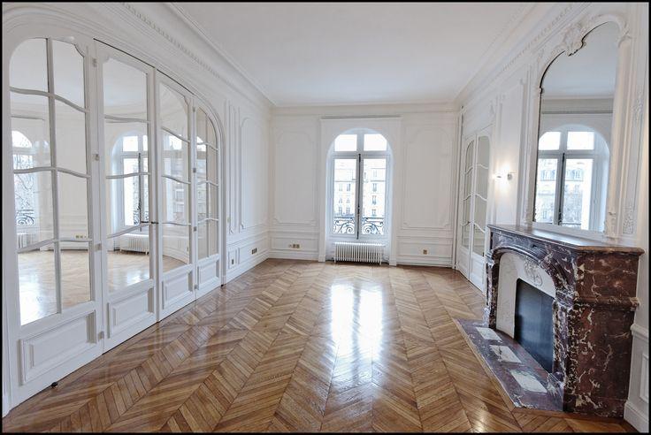 18 best paris l 39 appartement haussmannien images on pinterest entryway homes and paris. Black Bedroom Furniture Sets. Home Design Ideas