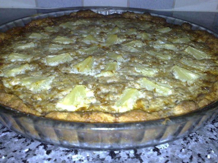 Ananas tonnikalapiirakka