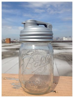 ReCap - a very cool lid for mason jars which make it easy to use for things that pour like salad dressing or drinks. Cool idea!: Water Bottle, Canning Jars, Mason Jar Lids, Salad Dresses, Jars Pour, Recaps Mason, Pour Cap, Mason Jars, Jars Lids
