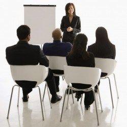 http://gustavocruzado.com/hablar-en-publico/Al Prepárate de antemano para hacer una buena exposición de tu negocio. Sigue este enlace http://gustavocruzado.com/hablar-en-publico/
