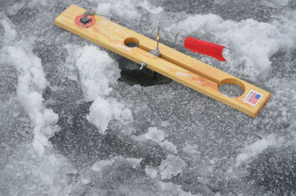 1000 images about ice fishing ideas on pinterest for Ice fishing tools