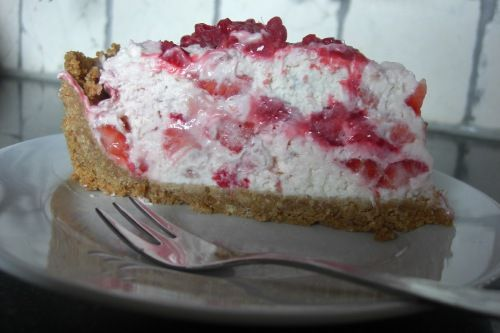 Roomkaas aardbeien taart