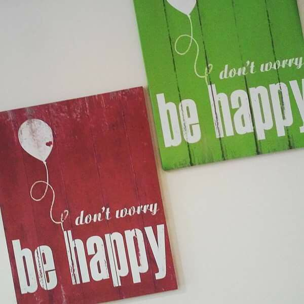 """Wall art, canvas """"don't worry be happy"""""""