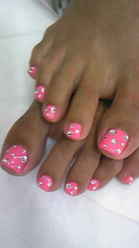 Cute pedicure :)