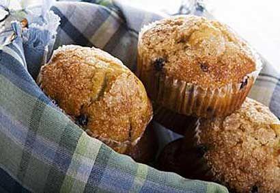 Muffins aux bleuets, à l'orange et aux amandes