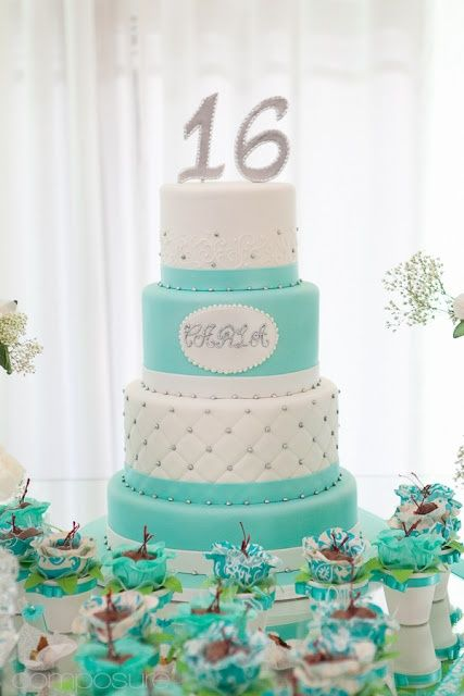 Tiffany Blue Sweet 16 Cake www.bloomingtable.com