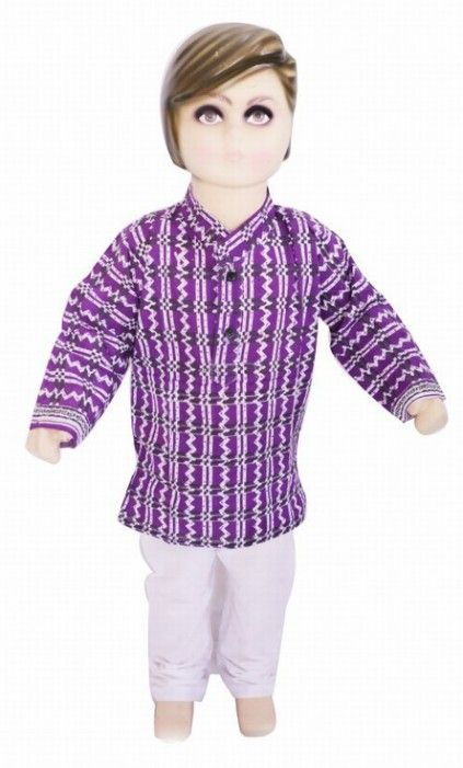 India Magenta Kurta as Perfect Ethnic Dress for Boy. #Boydress #ethnicdress #kidsdress #babyboydress #weddingdress #dress