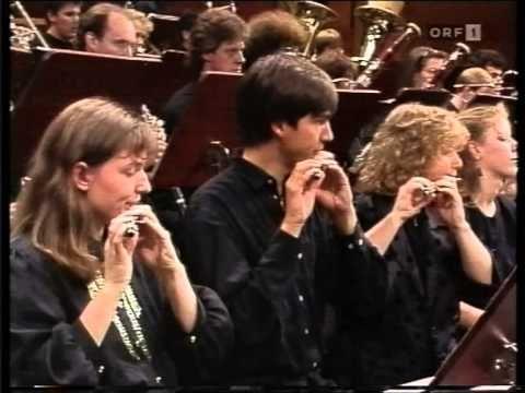 Edgar Varèse; Amèriques -1991- Junge Deutsche Philharmonie - diri. Pierr...