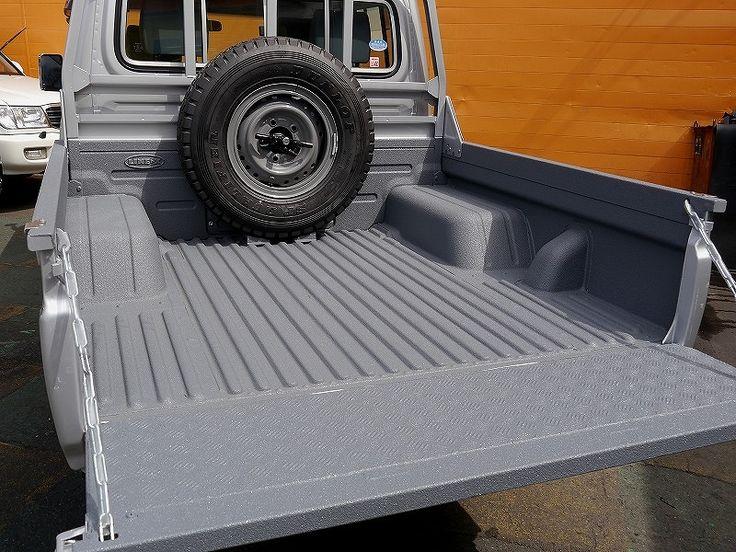 スプレーオンベッドライナーLINE-X ダークグレー(シルバーボディー)ランクル70:79ピックアップ荷台 Toyota Landcruiser70 GRJ79K