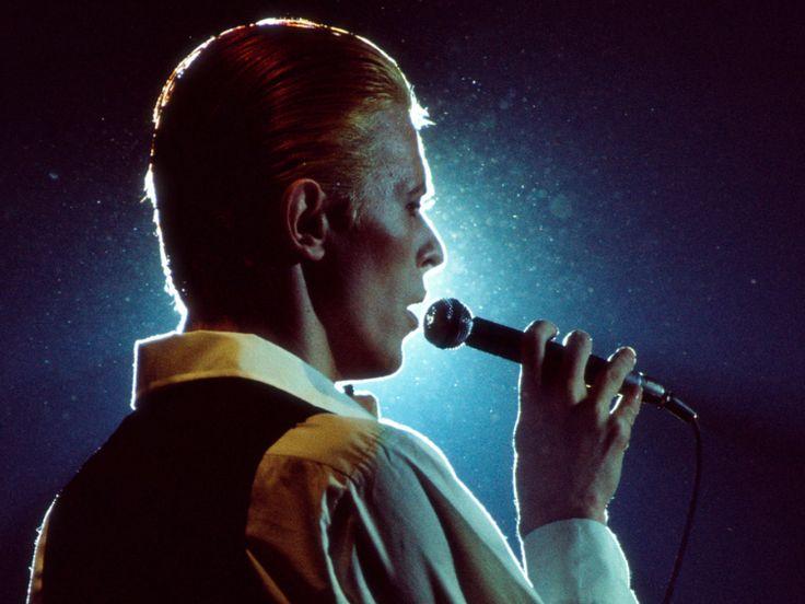 Bowie Lands 14 Spots on iTunes' Top 20 Album Chart