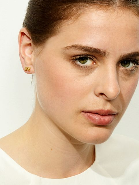 TURINA PIX2.2G earstuds from casted silver (925), gold-plated. 85 EUR via www.turinajewellery.com