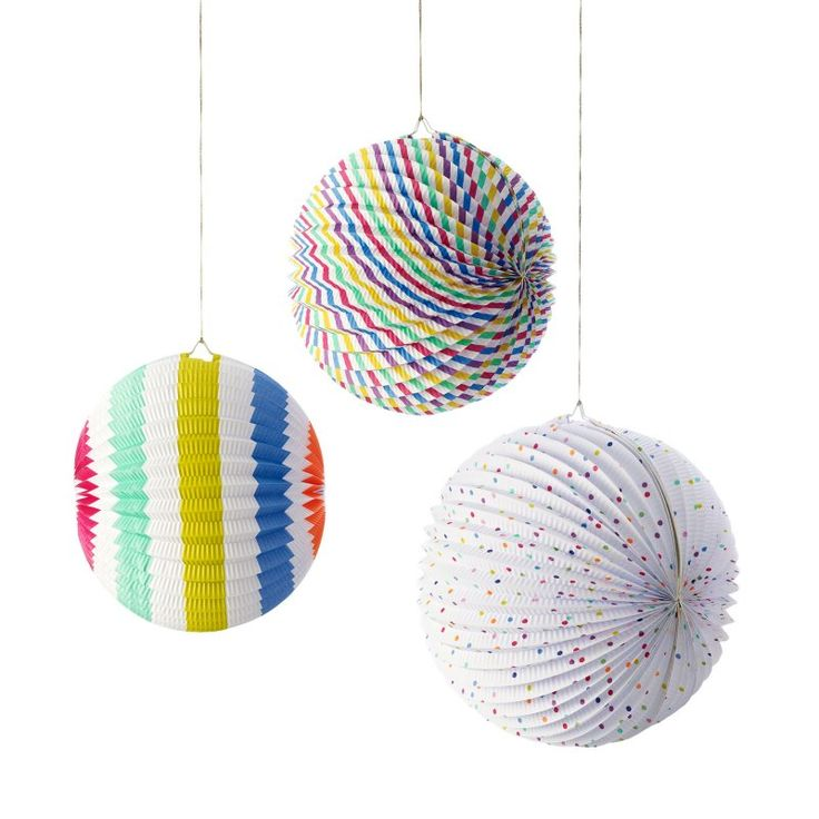 Paper Globe Decorations | Cards & Decorations | Oliver Bonas