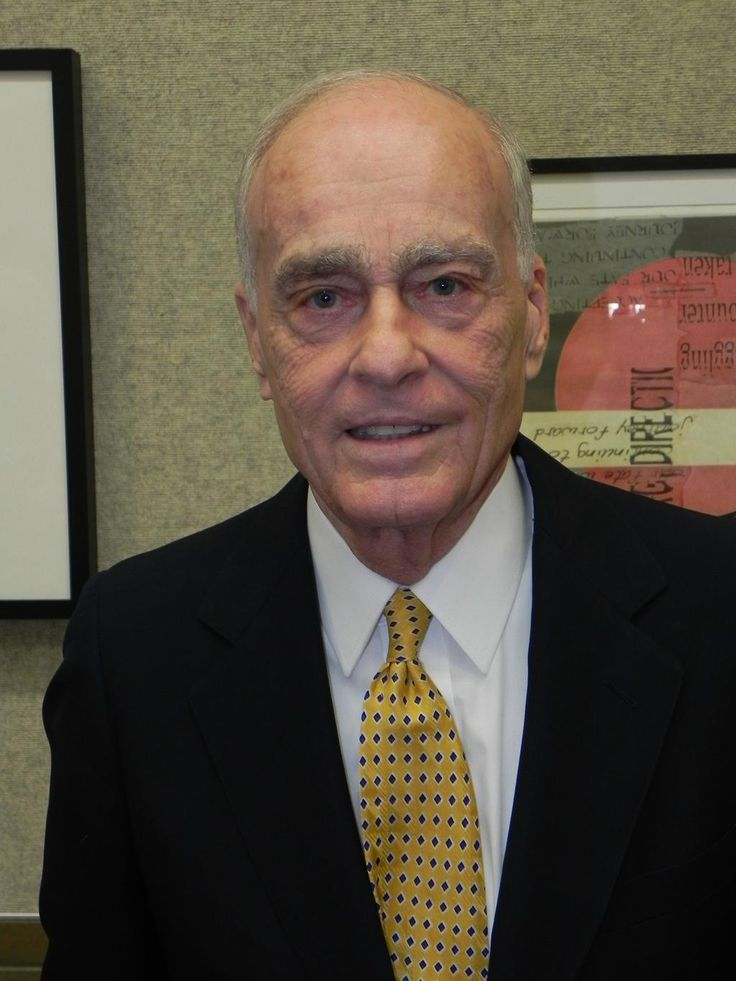 Vincent Bugliosi, who prosecuted Charles Manson, is dead at 80 #VincentBugliosi http://www.washingtonpost.com/news/morning-mix/wp/2015/06/09/vincent-bugliosi-who-prosecuted-charles-manson-dead-at-80/ …