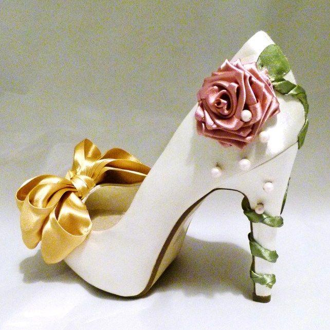 #Tacones 'La Bella y La Bestia' / Beauty and the beast shoes #Disney