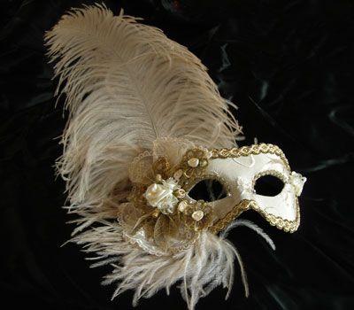 Adelaide MT17 - handmade Venetian mask made by Atelier Marega