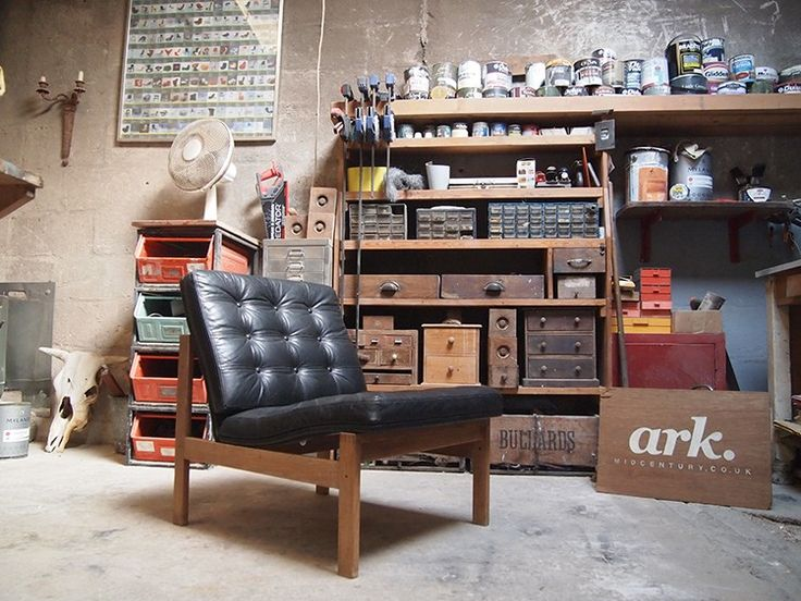 Ark Midcentury is a collective of Mid Century, Retro and Vintage Industrial furniture curated for home and office spaces alike. Here we talk with founder, Jerry